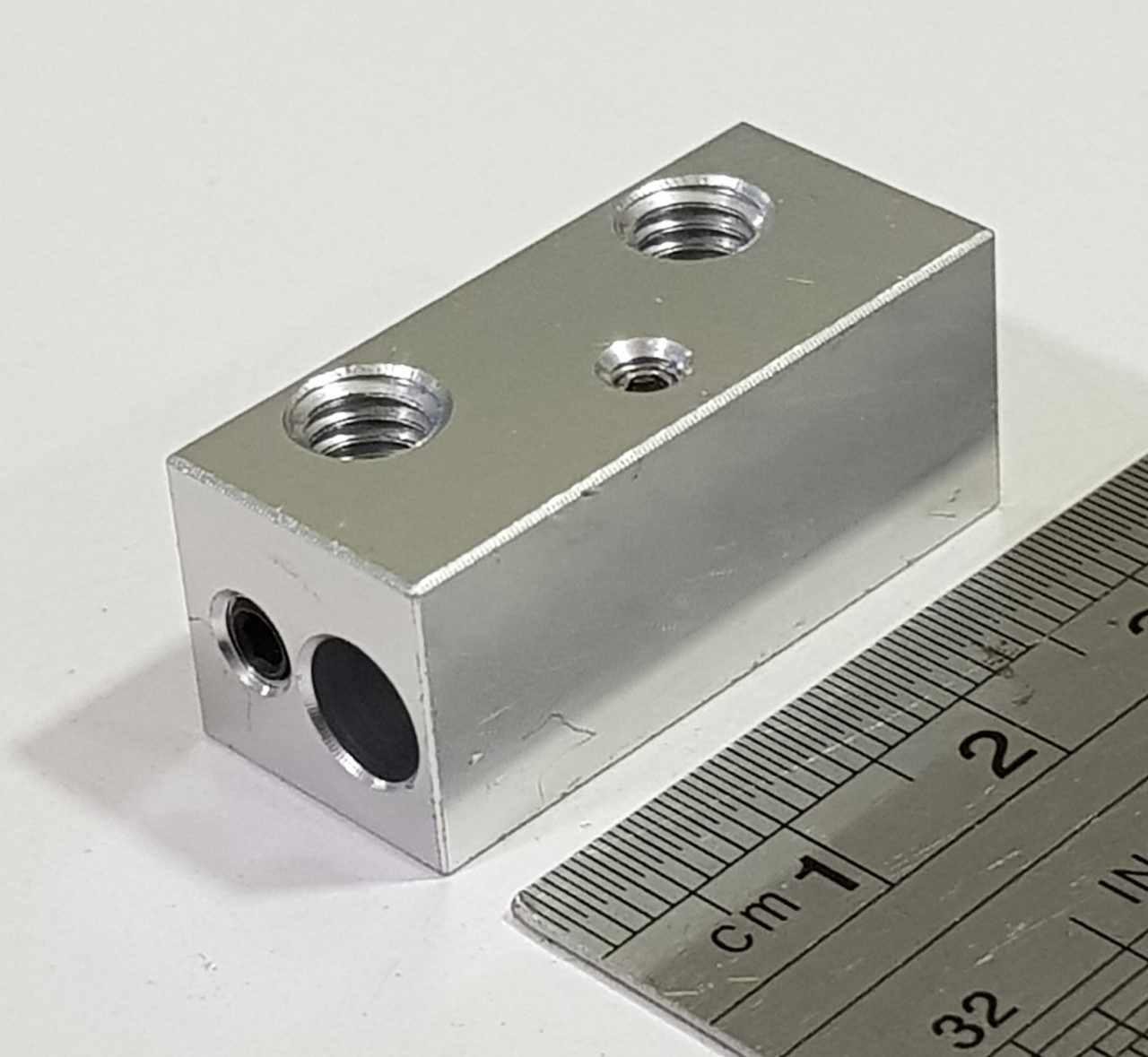 Bloco de aquecimento em Aluminio Cyclop 32x14x13.45mm