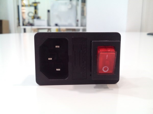 Interruptor para fonte de alimentaçao c/fusível